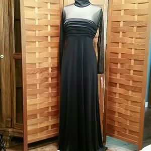 VINTAGE MAXI DRESS SZ 9/10 BLACK NWT